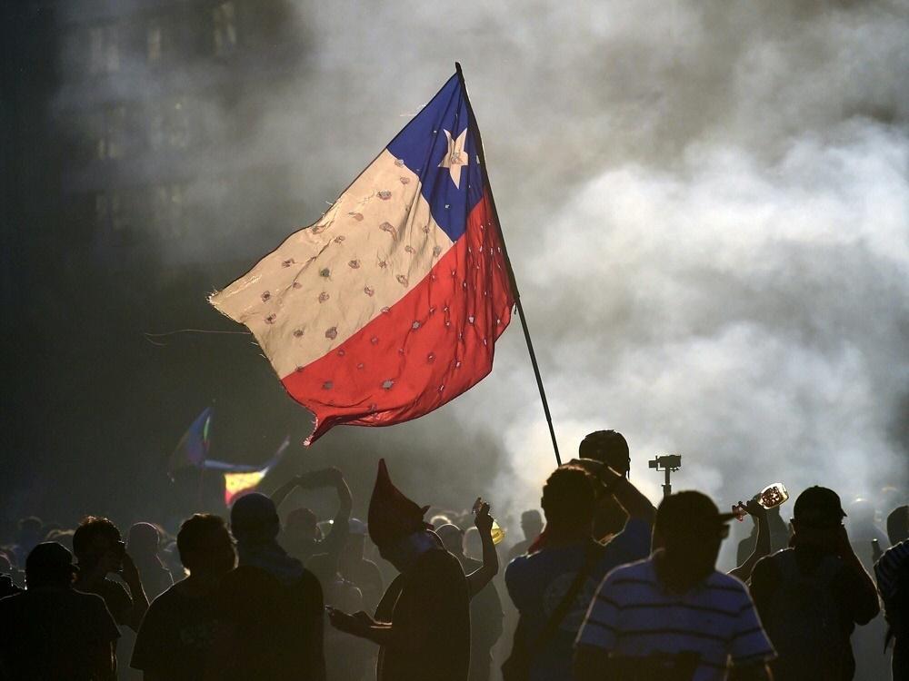 Wegen Unruhen: Meisterschaft in Chile erneut ausgesetzt
