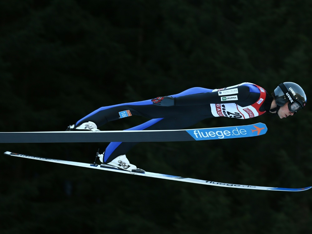 Jarl Magnus Riiber flog in Lillehammer auf 139,5 m