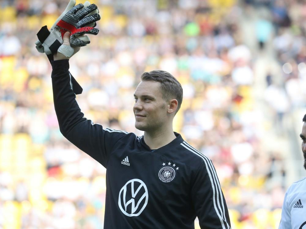 Das DFB-Team um Manuel Neuer spendet für soziale Zwecke