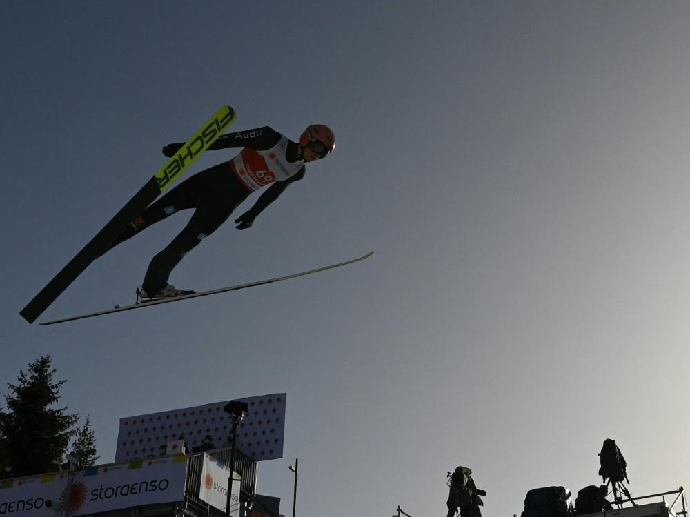 Karl Geiger holt bei seiner Heim-WM in Oberstdorf Silber