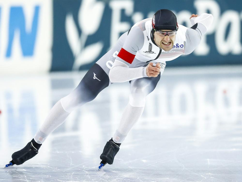 Joel Dufter stürzt beim Weltcup