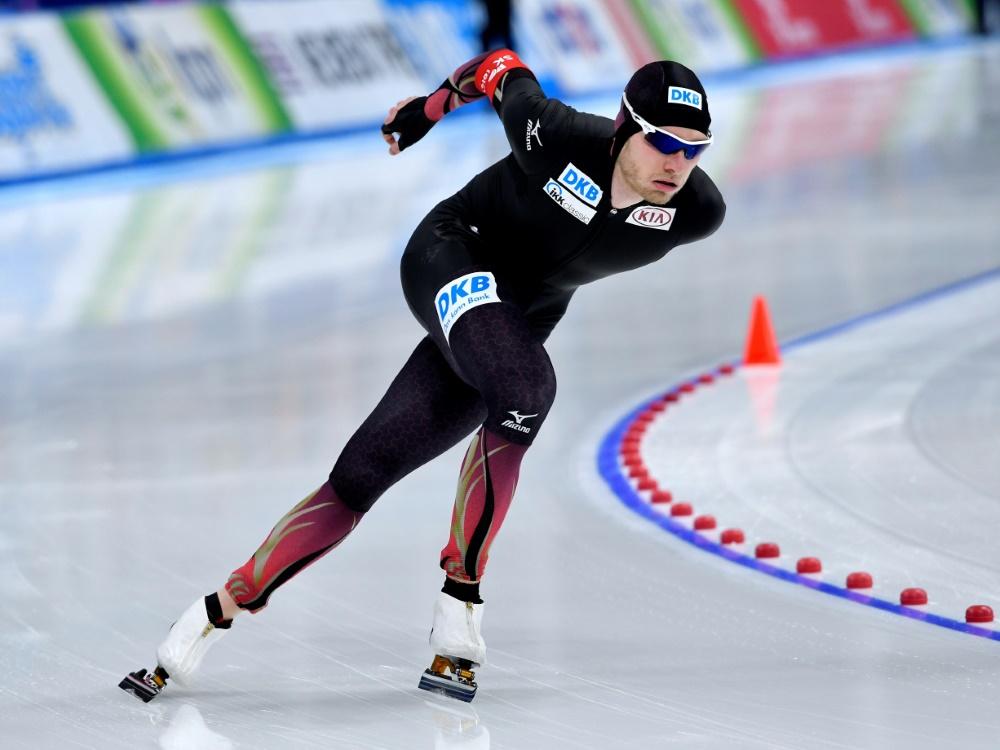 Eisschnelllauf Beckert Läuft über 5000 M Auf Rang Acht