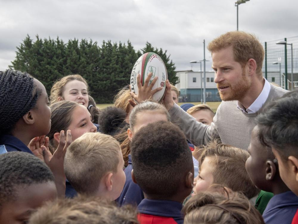 Harry ist großer Rugby-Fan und fliegt zum WM-Finale