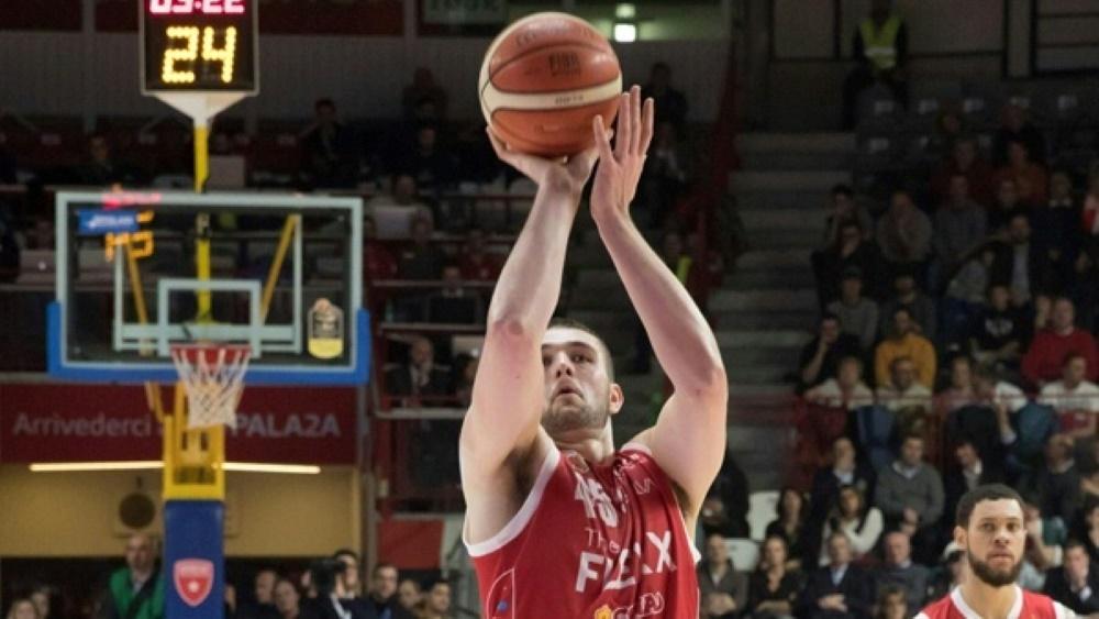 Dreierspezialist Nathan Boothe verlängert bei den EWE Baskets Oldenburg