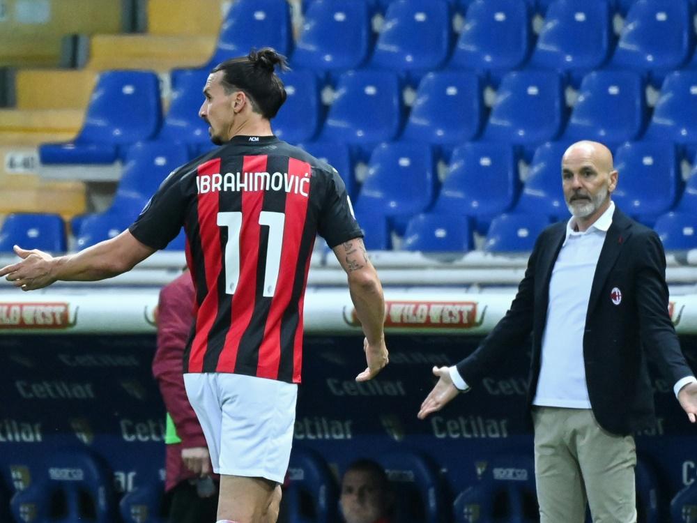 Zlatan Ibrahimovic wird mit Rot vom Platz geschickt