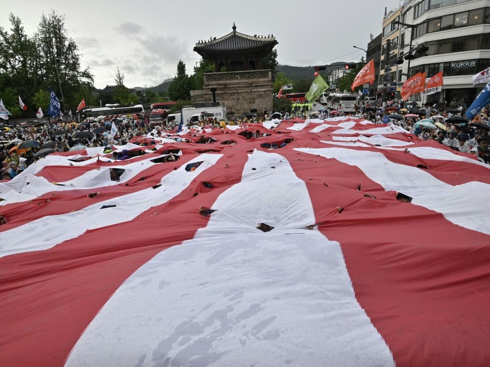 Südkorea protestiert gegen die Flagge