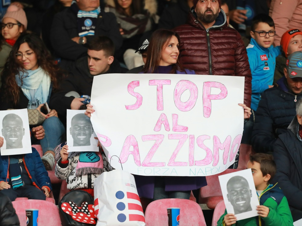 Der FIGC reagiert mit einer Regeländerung auf Rassismus