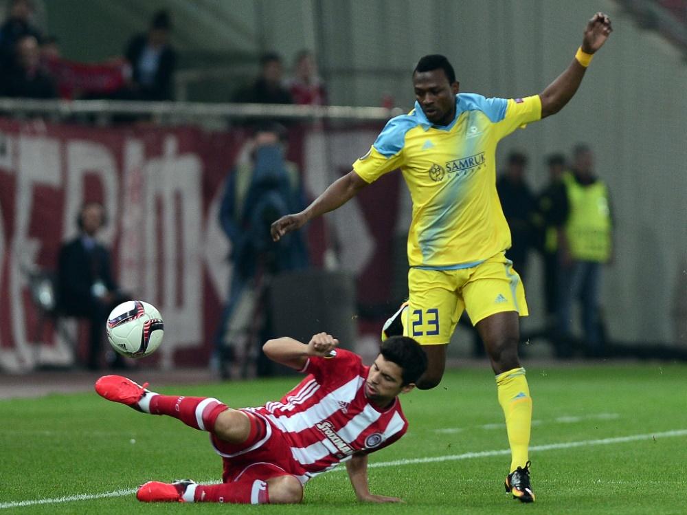 Patrick Twumasi (r.) verstärkt Hannover 96