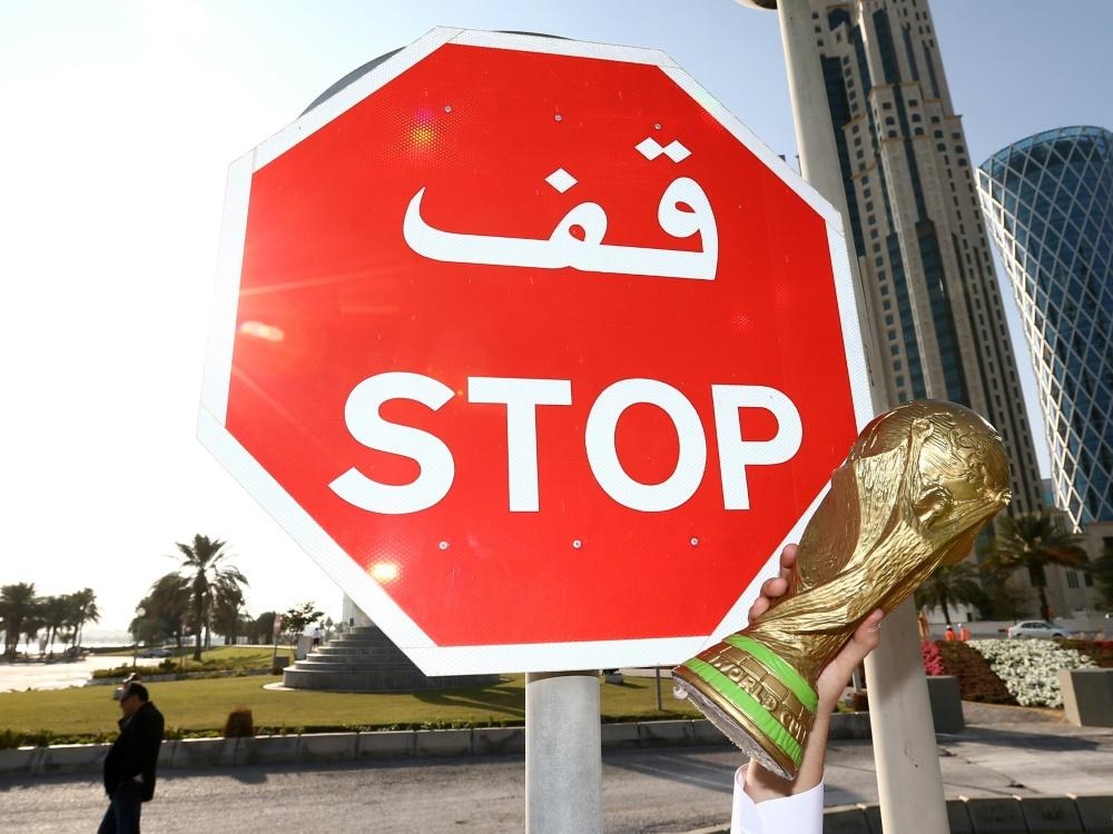 Die Austragung der Fußball-WM in Katar ist umstritten