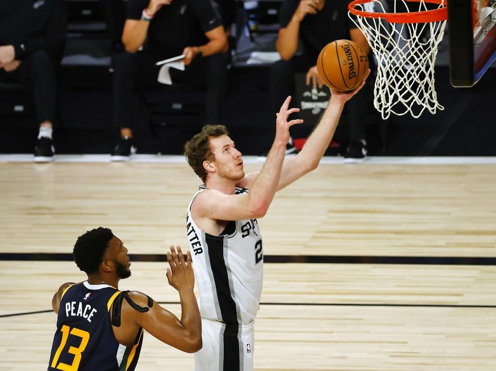 Jakob Pöltl verlängert bei den San Antonio Spurs