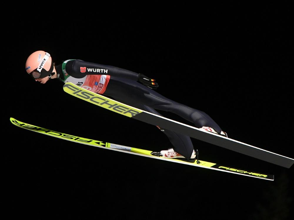 Quali: Karl Geiger springt mit 131,5 m auf Rang neun