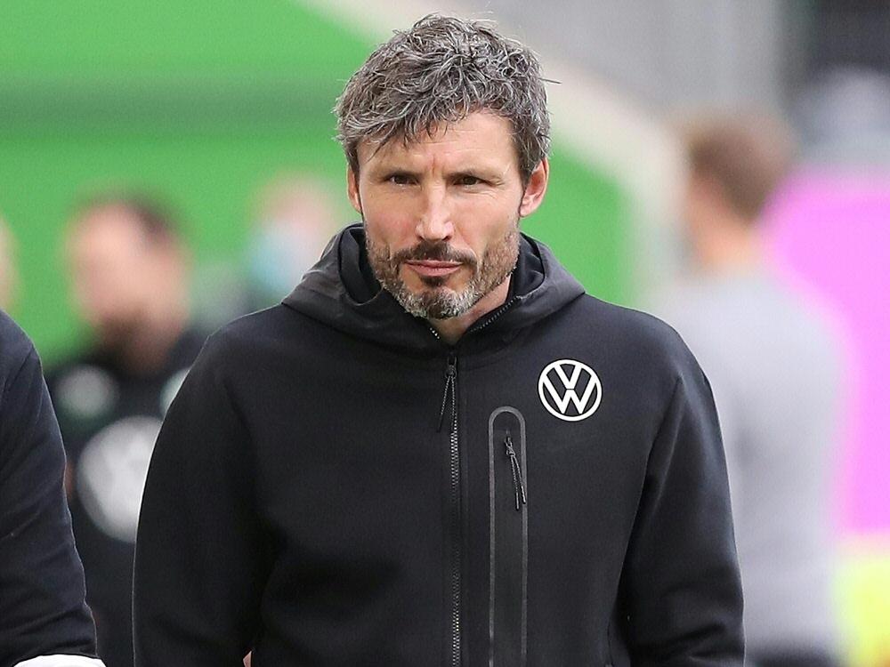 Mark van Bommel nimmt Defensive des VfL Wolfsburg in die Pflicht