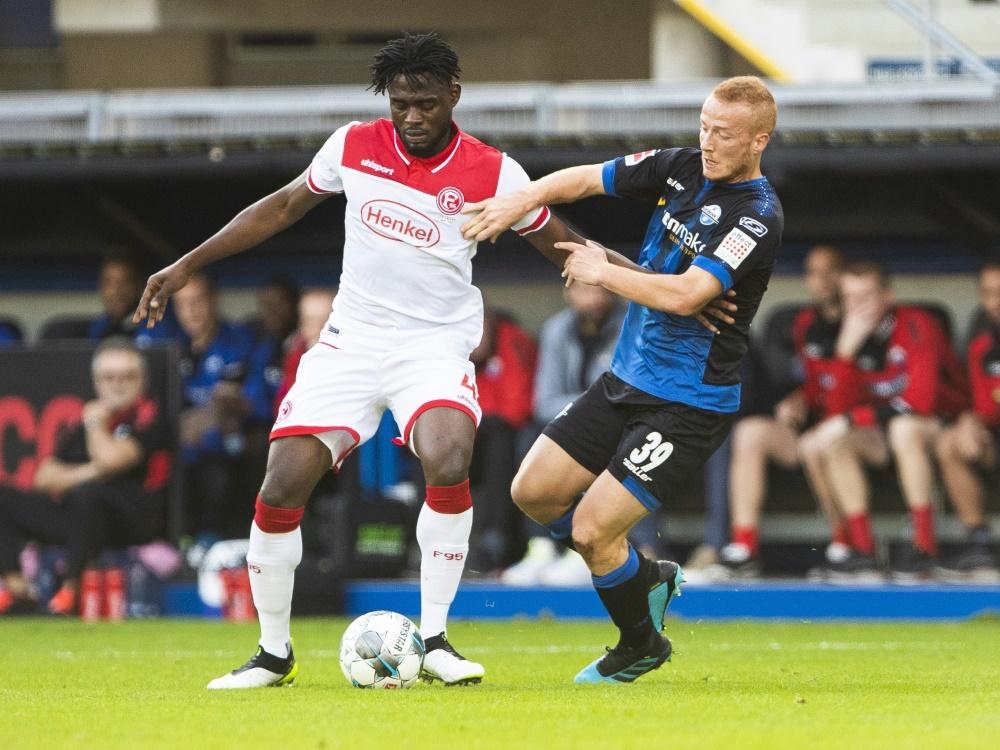 Adams (l.) war letzte Saison nach Düsseldorf ausgeliehen