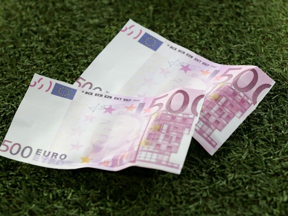 6,63 Milliarden Euro wurden 2019 für Spieler ausgegeben