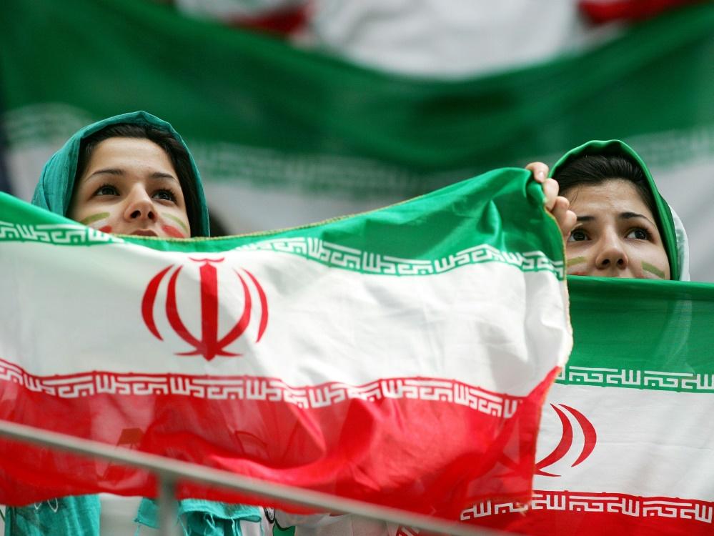 Stadionverbote: Iranischer Verband kündigt Lockerungen an