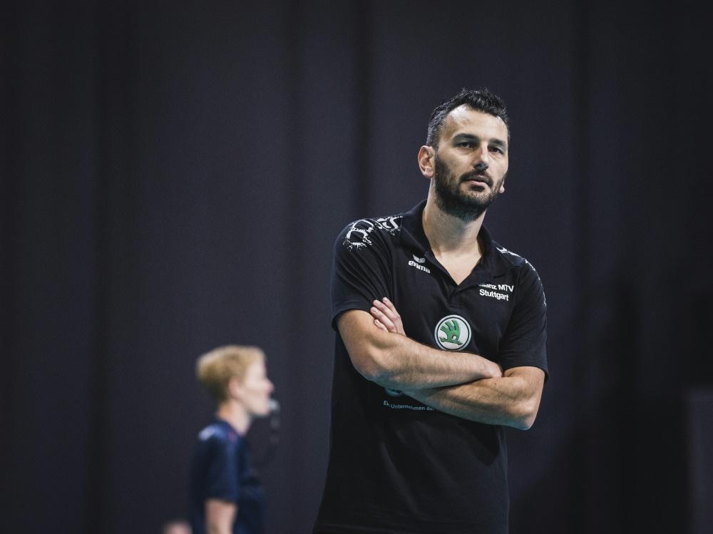 Trainer Athanasopoulos und Stuttgart scheiden aus