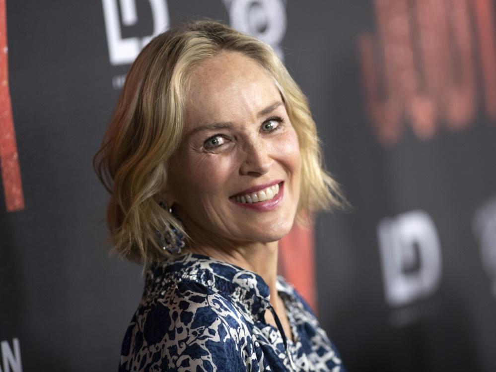 Sharon Stone moderiert die Verleihung der Laureus Sports Awards
