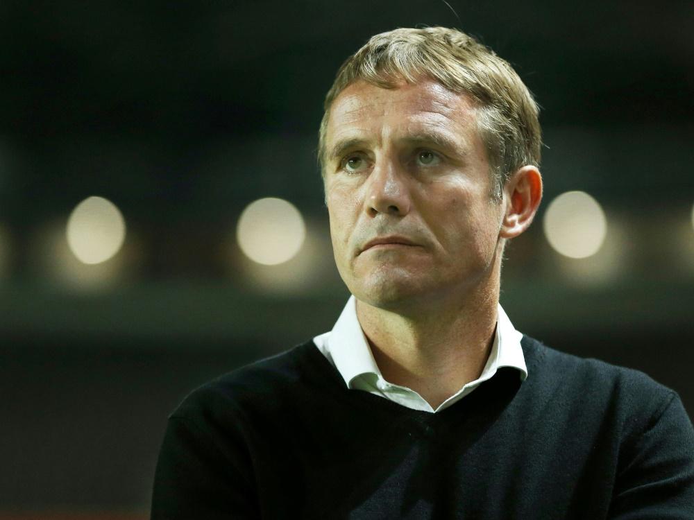 Insolvenz: Bolton und Trainer Parkinson mit Punktabzug