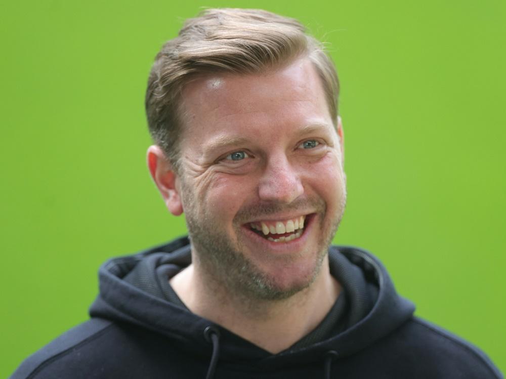 Florian Kohfeldt als Experte zu Gast bei Amazon
