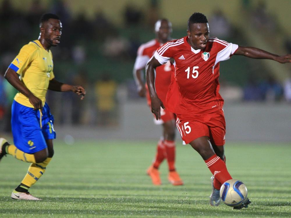 Die sudanesische Nationalmannschaft darf am Ball bleiben