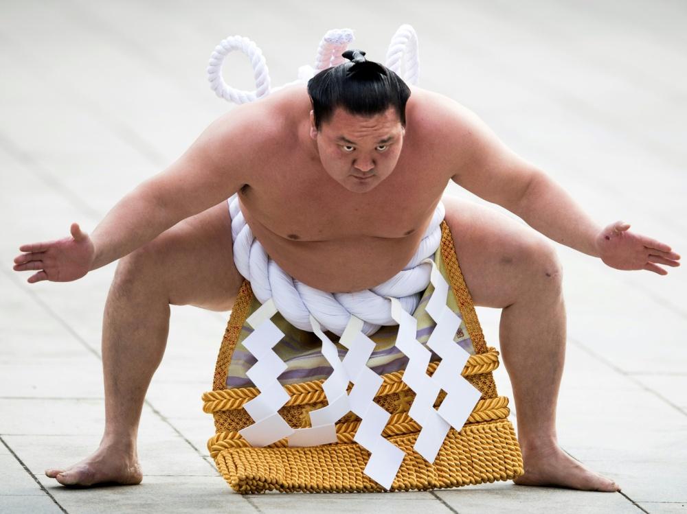 Sumo-Star Hakuho mit Corona-Virus infiziert