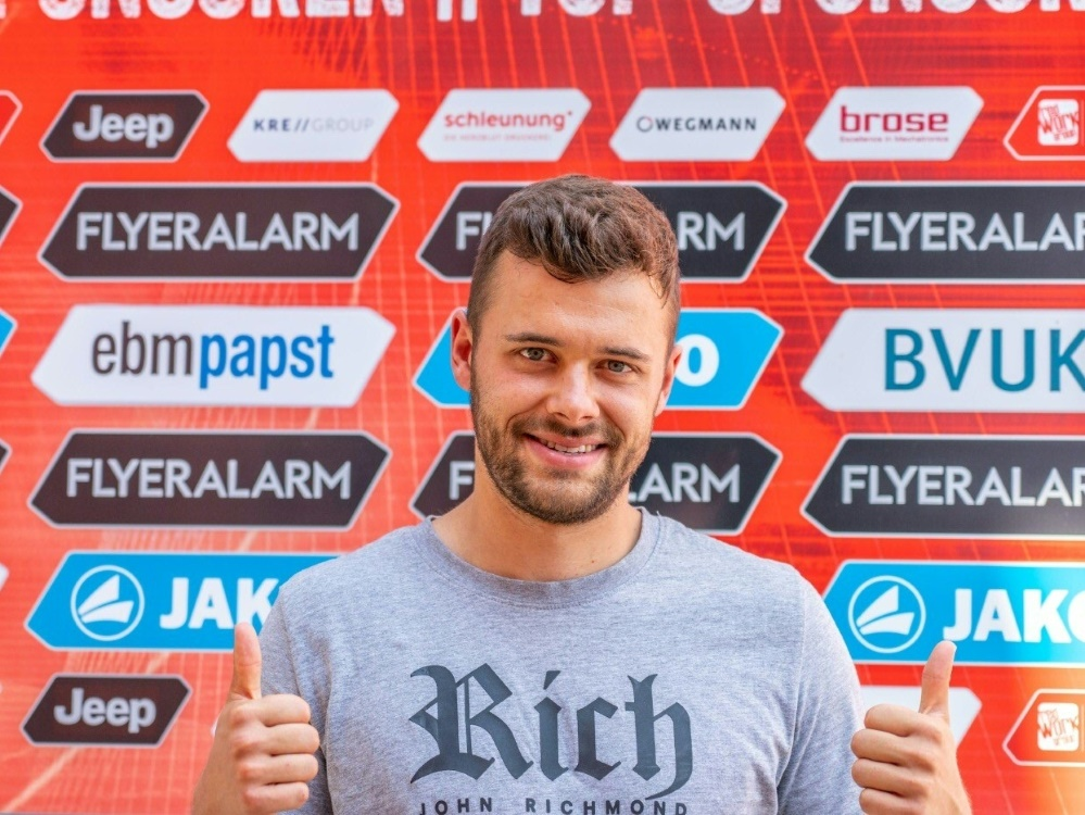 Würzburg hat Robert Herrmann fest unter Vertrag genommen