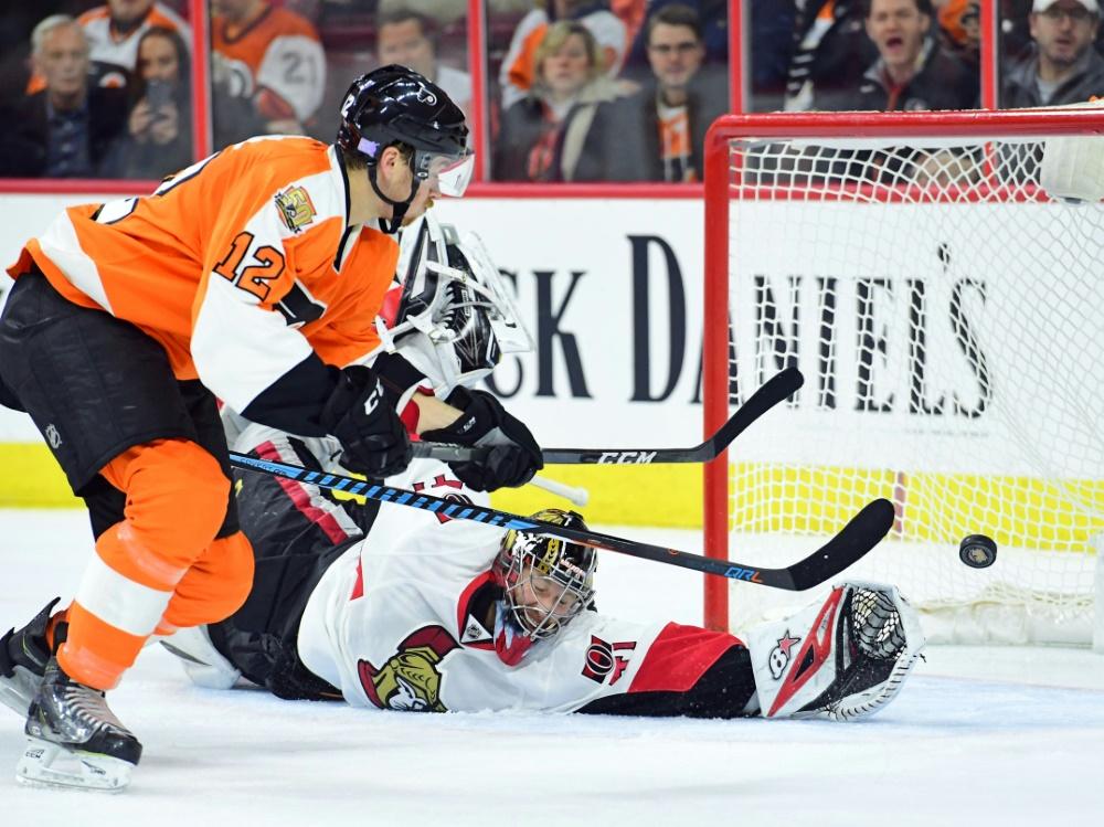 NHL: Österreicher Raffl verlängert in Philadelphia