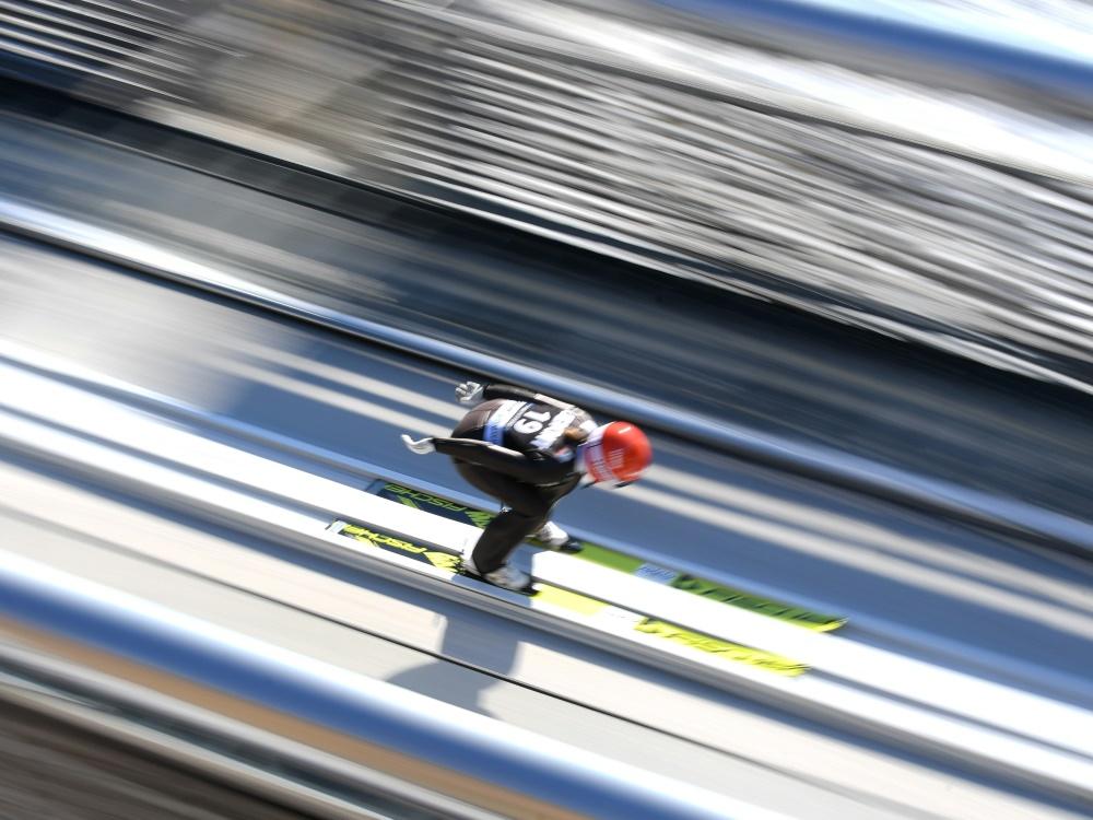 Andreas Bauer macht sich für Skispringerinnen stark