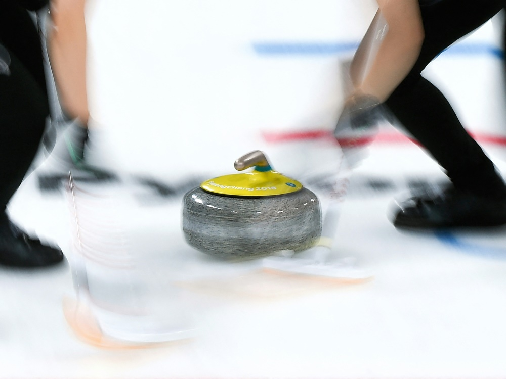 Das Curling-Mixed-Team unterliegt Italien