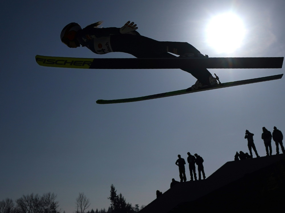 Skispringerinnen dürfen sich bald auf Tournee freuen