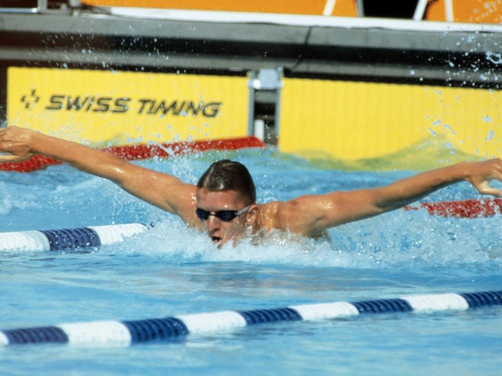 Auch Gold-Schwimmer Michael Groß ist auf den Briefmarken