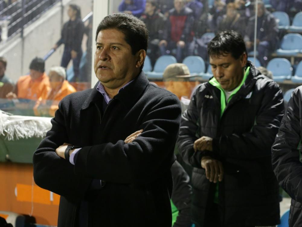 Neuer Nationaltrainer Boliviens: Eduardo Villegas (l.)