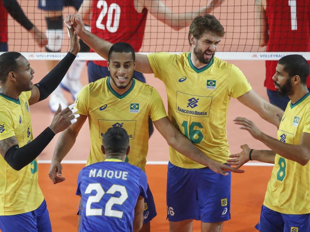 Brasiliens Volleyballer gewinnen Nations League