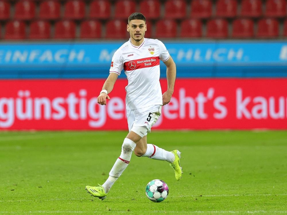 Mavropanos bleibt eine weitere Saison in Stuttgart