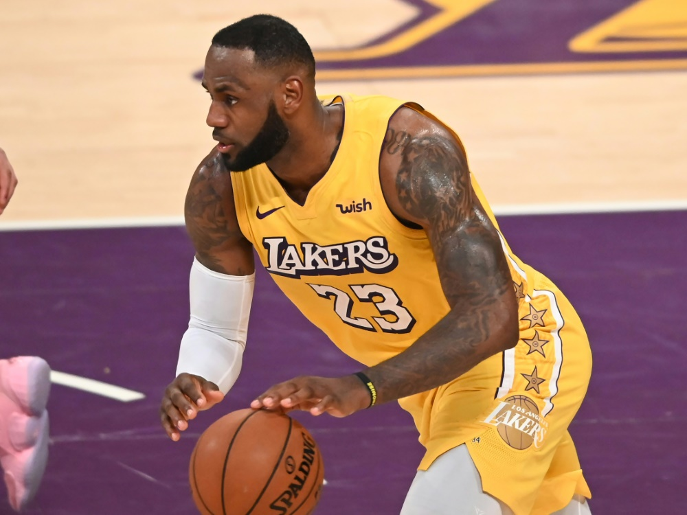 LeBron James gelang sein achtes Triple Double der Saison