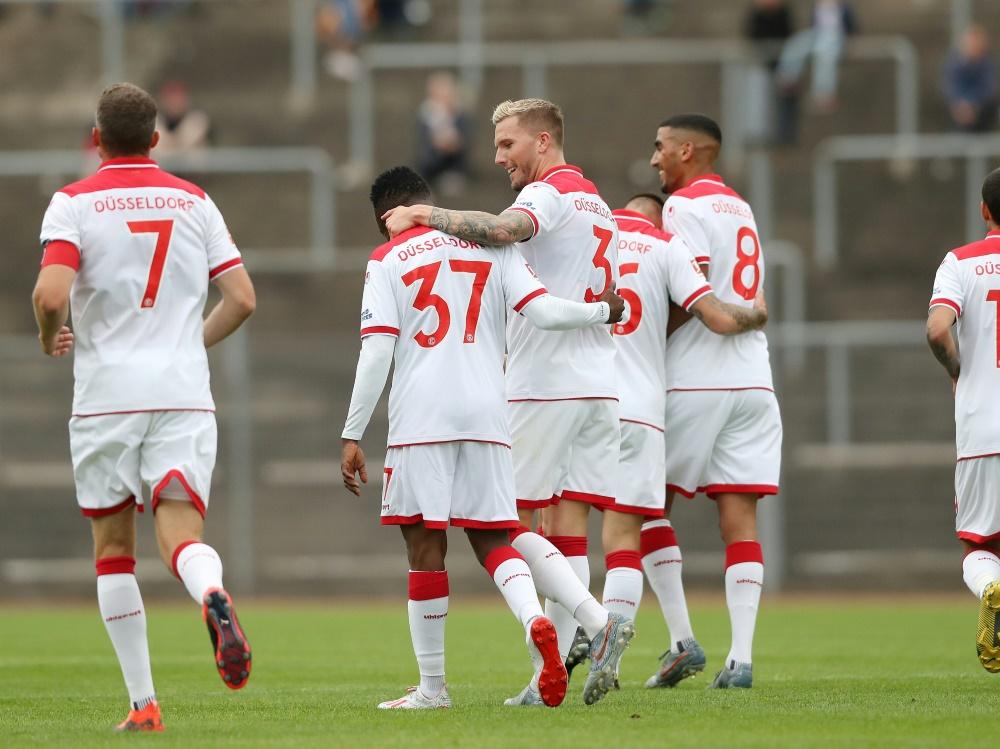 Düsseldorf gewann das Testspiel gegen Siegen mit 6:0