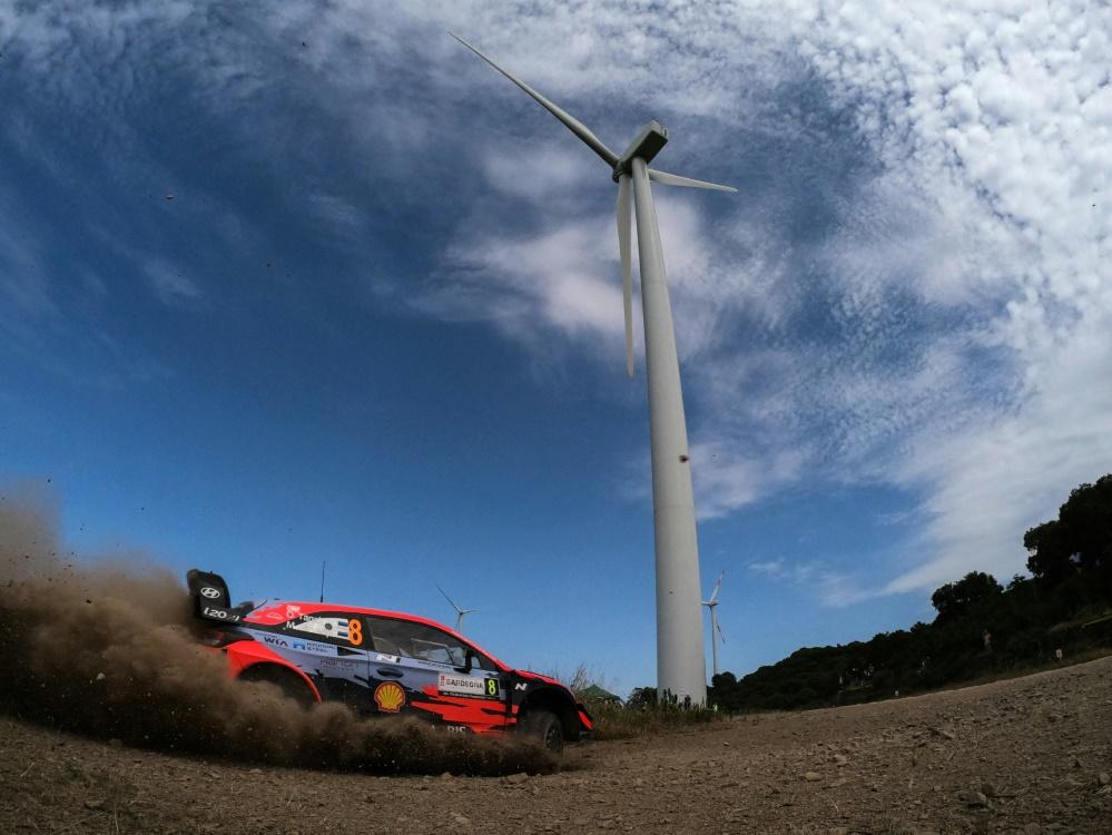 Tänak führt die Italien-Rallye an