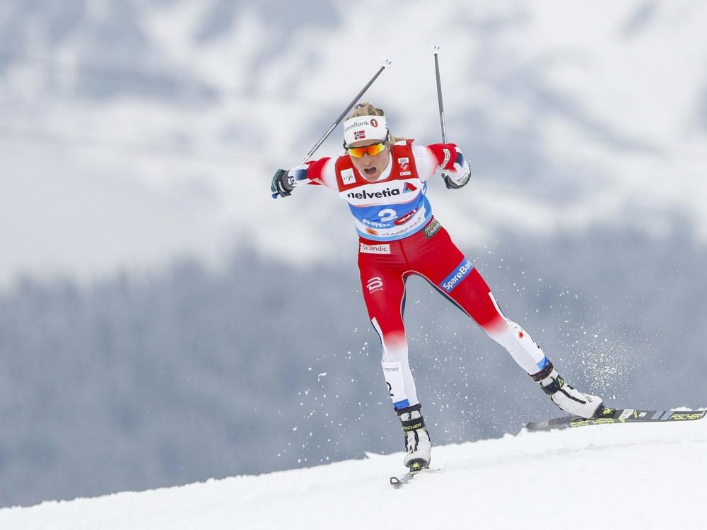 Johaug gewinnt ihr zwölftes Distanzrennen in Folge