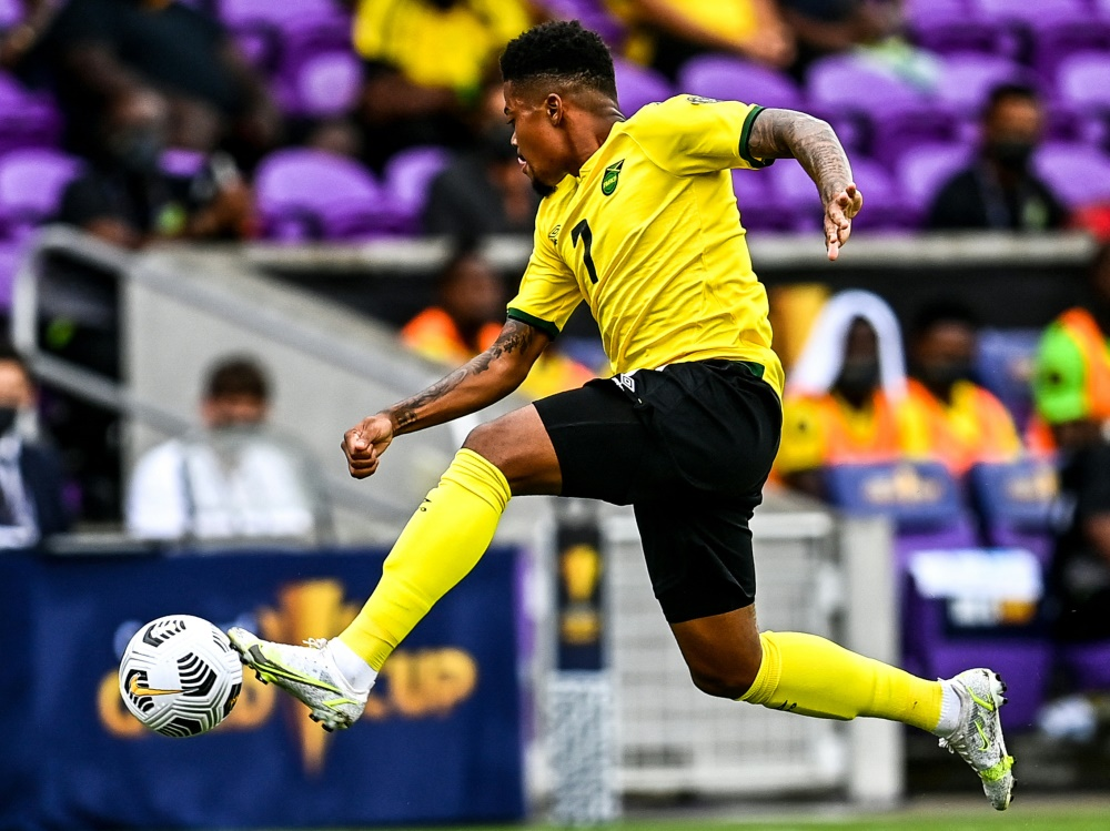 Leverkusens Leon Bailey mit Jamaika im Viertelfinale