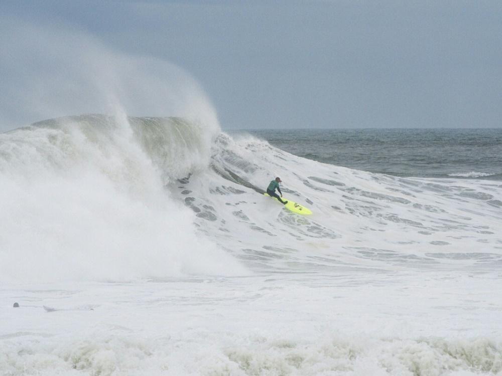 Big-Wave-Surfer Nic von Rupp vor Nazare