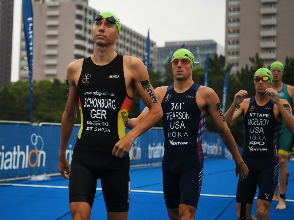 Jonas Schomburg (v.) sicherte sich das Olympia-Ticket