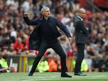 Mourinho (l.) forderte mehr Respekt von den Gästen ein