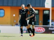 Nicolas Gonzalez (r.) traf per Strafstoß zum 1:0