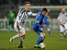 Manuel Junglas (l.) wechselt zu Arminia Bielefeld