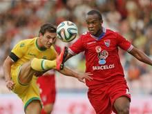 Cedric Soares (l.) wurde vom FC Southampton verpflichtet