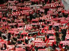 Union-Fans protestieren gegen Herbstmeister RB Leipzig
