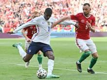 Ousmane Dembélé wird auf eine Knieverletzung untersucht