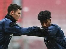 Benjamin Pavard (l.) und Kingsley Coman vom FC Bayern wurden nominiert
