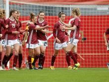 Die Fußball-Damen setzen ein Zeichen für Vielfalt