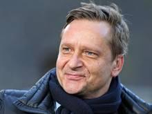 Horst Heldt freut sich über Vertrags-Verlängerungen